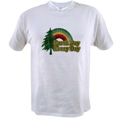 Earth Day Every Day Retro Value T-shirt